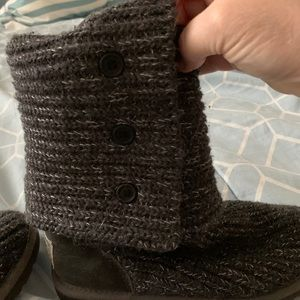 grey sweater ugg boots